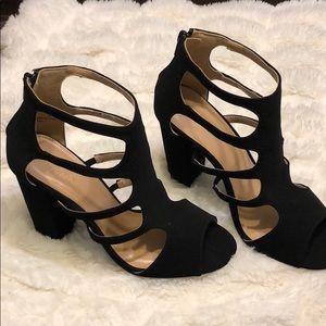 NWB!! Caged block heels